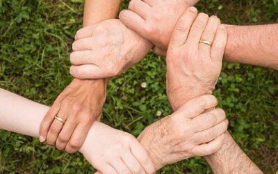 Dlaczego warto dbać o relacje rodzinne i jak to robić?